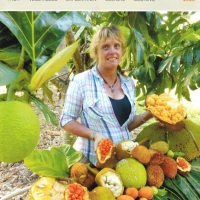 Rare fruit magazine 2015 front cover By Australian Rare Fruit Review [All Rights Reserved, Supplier of DaleysFruit.com.au]
